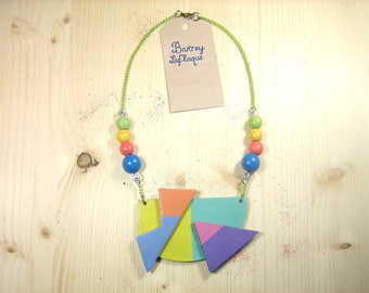 Shapes and colors style 80's wooden necklace
