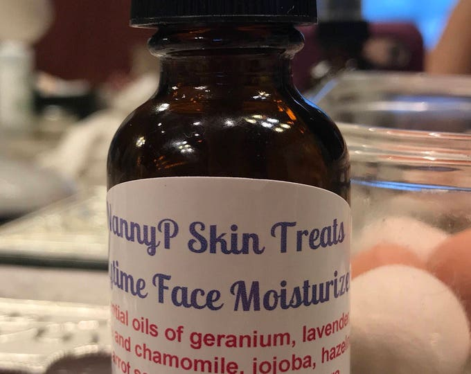 Vitamin E Light Moisturizer For Oily, Acne Dry, Aging, Sensitive, Rosacea, Eczema Or Psoriasis Skin - Certified Aromatherapist