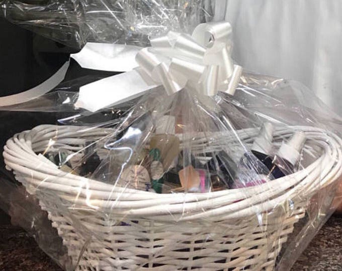 Organic Holiday Skin Care Basket - CERTIFIED AROMATHERAPIST