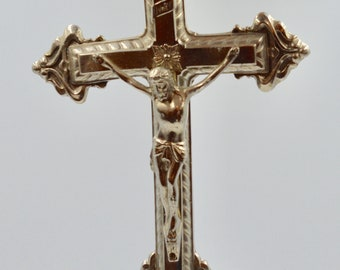 Table Top Métal Crucifix, Jesus Statue, French Vintage Cross, Religious  Statue,