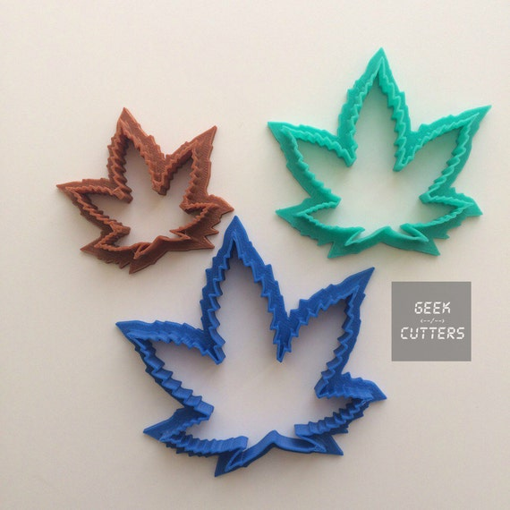 Marijuana Leaf Cookie Cutter - Kush Kutter  - *Dishwasher safe option* - 3D Printed