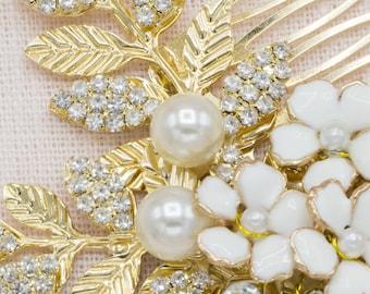 Rustic Wedding Floral Hair Comb Daisy Headpiece Bridesmaid Hair Comb Gold Hair Comb Bridal Hair Clip
