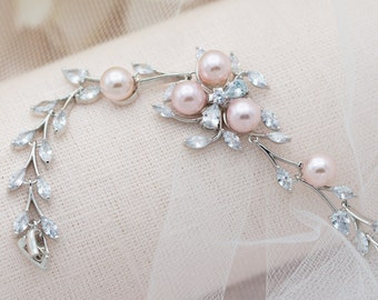Bridal Bracelet, Manohé, Cubic Bridal Bracelet, Pearl Bracelet, Pearl bride bracelet, Wedding Bracelet, Bridal Jewelry, Bride accessories