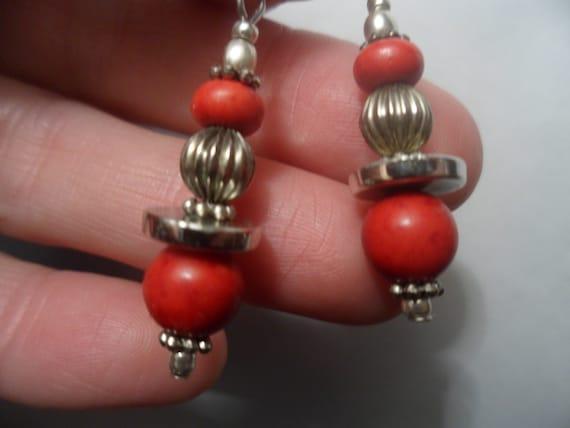 VINTAGE NAVAJO PEARLS Pearl Bench Old Fluted Bead Earrings 925 Sterling Silver Ewires Avable Native American Dangle Drop Boho Ooak Beads Fun