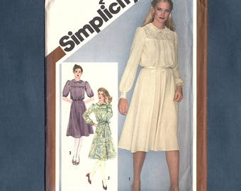 Simplicity 9767 Misses' Pullover Dress, Peter Pan Collar, Puff Sleeve, Sewing Pattern, Vintage 1980, Size 12, Uncut Pattern