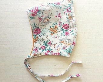 Linen Pixie Bonnet, Baby Bonnet, Reversible bonnet, Mustard Yellow, Baby Hat, Elf Hat, Toddler, Hood, Boho Baby Clothes, Hippie