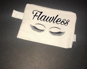 Flawless cosmectic, makeup bag. With option to add custom name ir monogram.