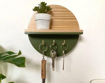Mini round shelf with hooks • Sage • Home Decor | Wooden shelf | Wall hanging | Wall decor | Key shelf | Display shelf