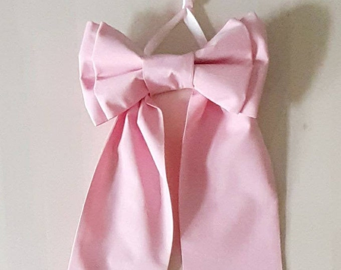 Pink Picture Bow