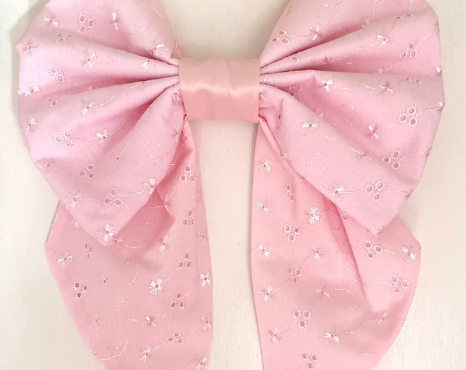 Embroidery anglaise Cot Bow x 1
