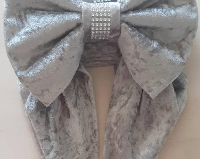 Bow Curtain Tie Backs x 2