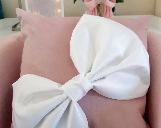 Chenille Bow Cushion