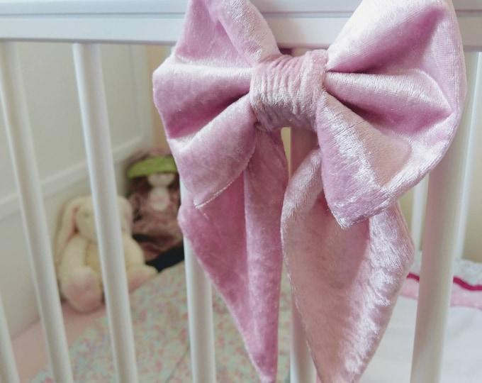 Small Velvet Cot Bow x 1