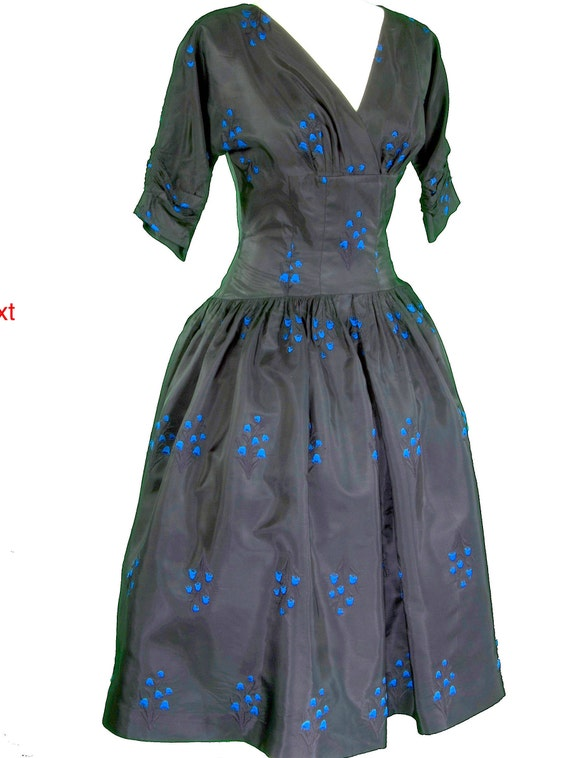 50s Cocktail party dress blk taffeta embroidered b