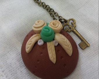 Caramel dome necklace with spring flowers