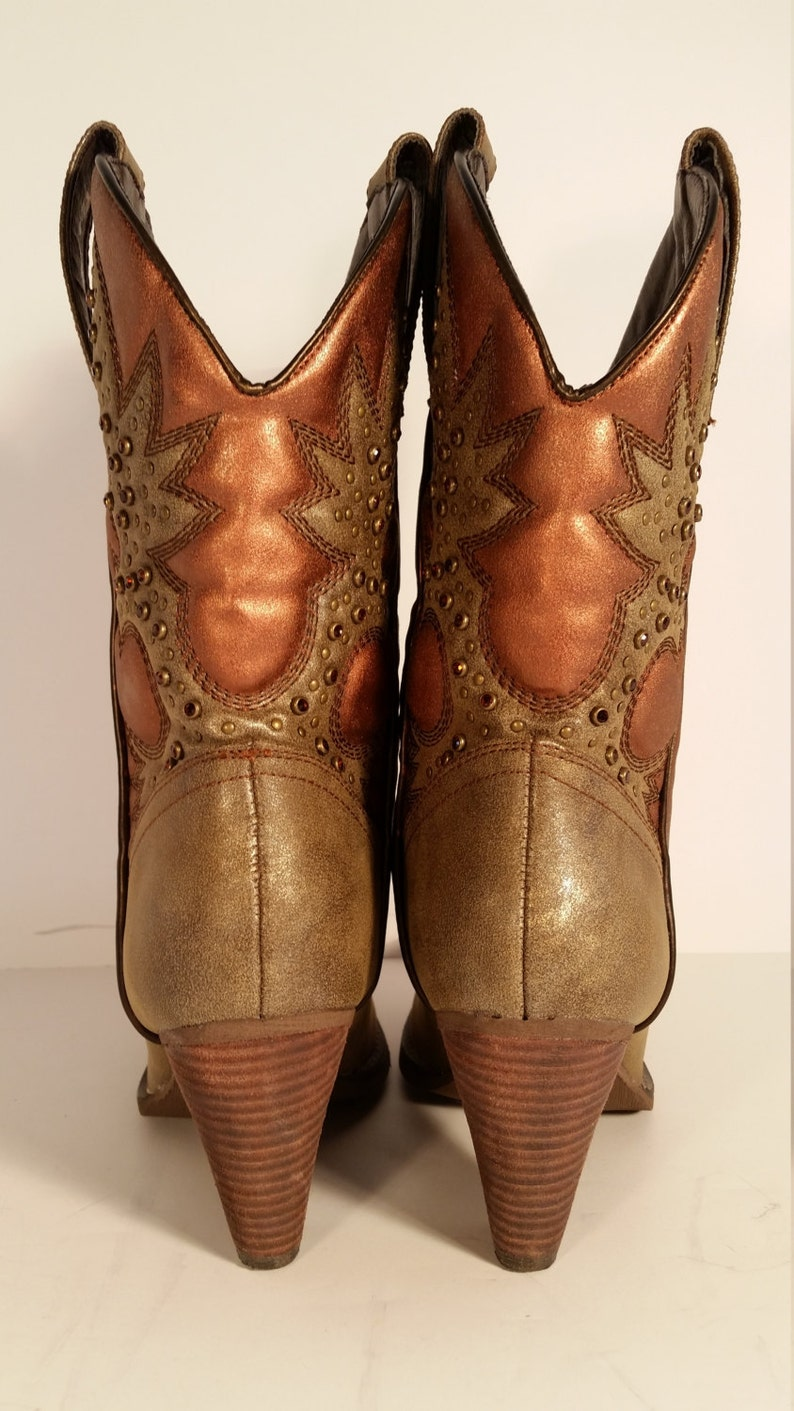 e1389f7a420 Size 7.5 Women's Cowboy Boots Very Volatile Rhinestone Hand Painted Bronze  and Copper