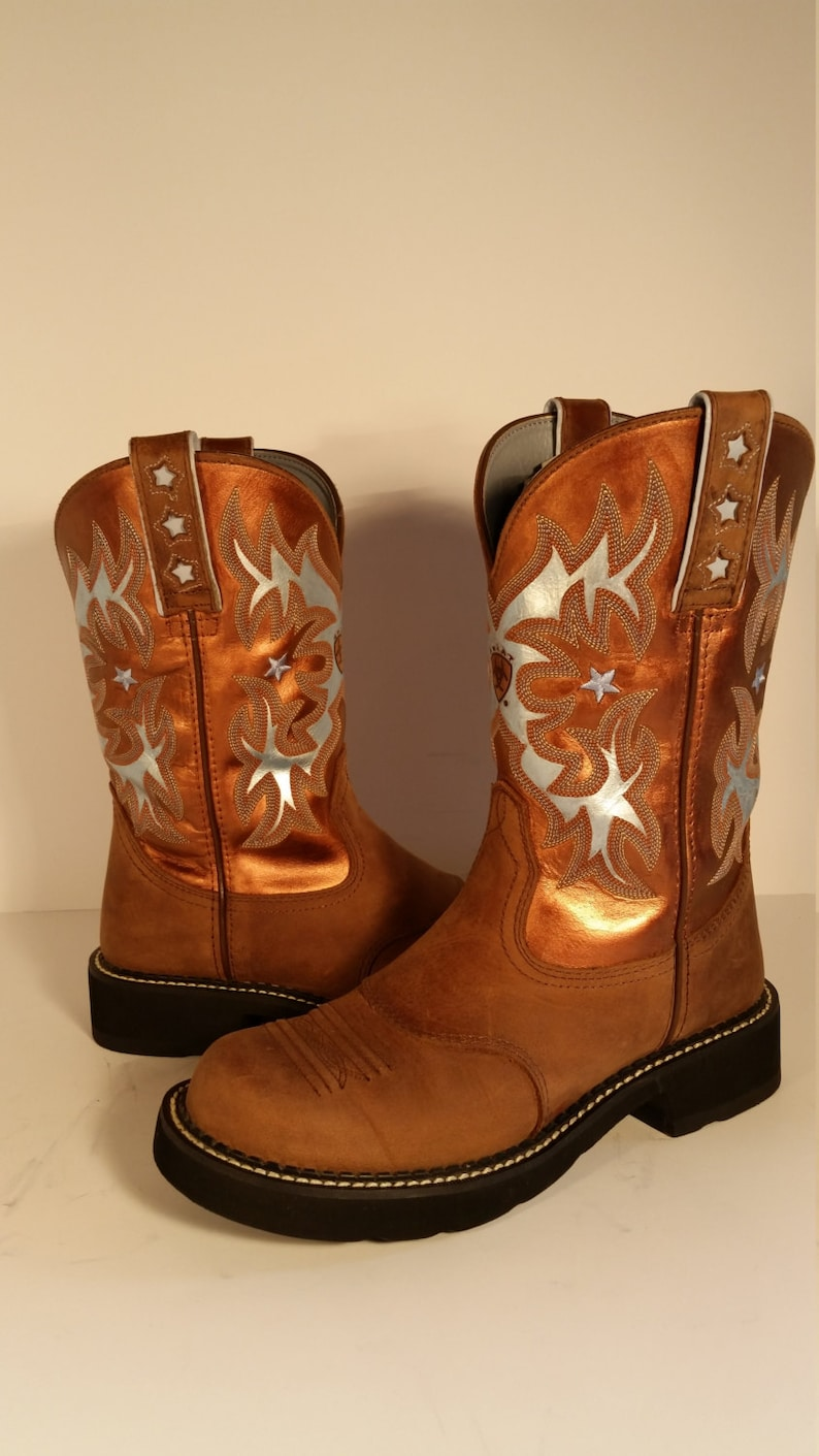 317d8f9d42a Size 7.5 B Brown with Metallic Hand Painted Ariat Women's Probaby Cowboy  Boots