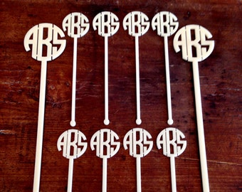 Monogram Swizzle Stick Hostess Set/Personalized Bar Cart/Pitcher and Drink Stir Sticks/Mens Gift/Drink Stirrers/Custom Stirrers/couples gift