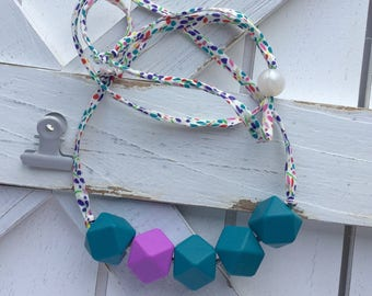 Teething necklace for mom - nursing necklace for mom - breastfeeding gift - newborn gift for mom - baby shower gift for mom