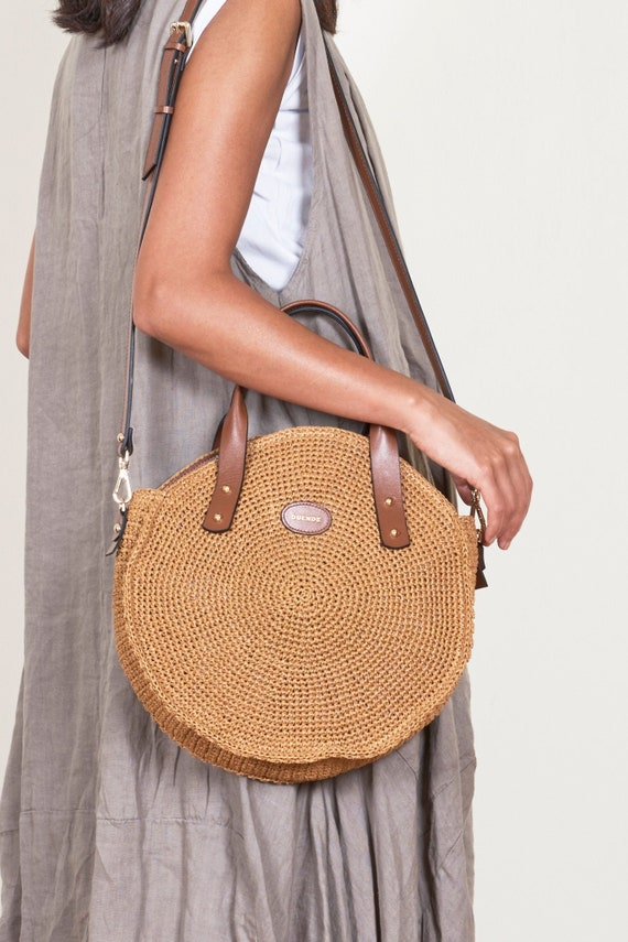 Round Raffia Bag with leather handles