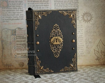 Witch notebook Wicca book of shadows Dream journal A6 Book of spells Witchcraft book Occult book Witch spell book Keyhole book Dark boho BOS