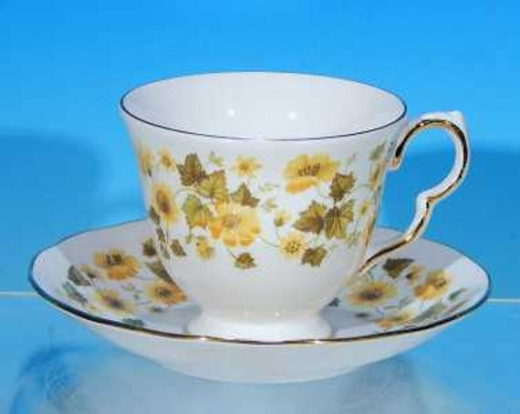 Bone China Cup and Saucer Queen Anne China Flowers