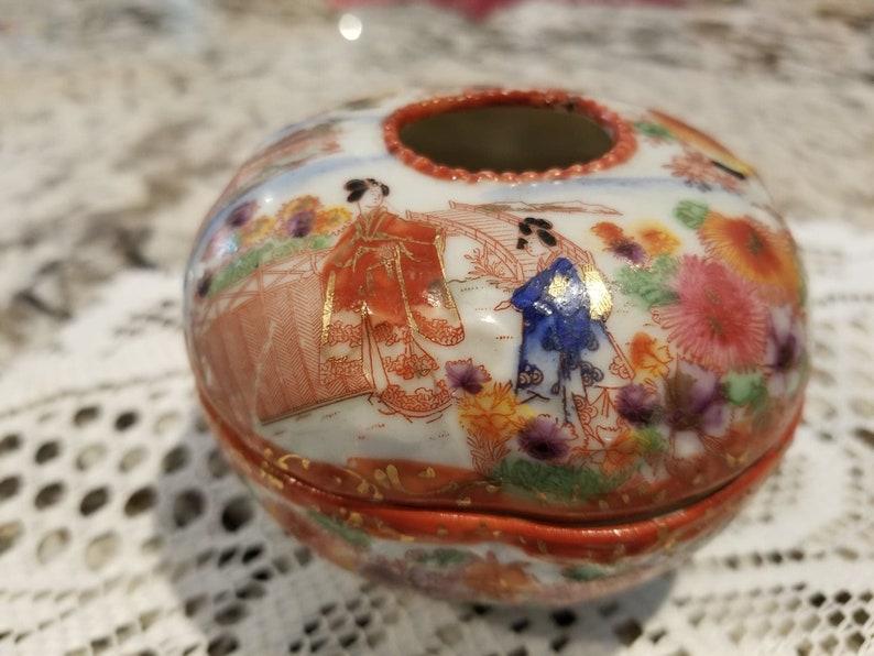 Porcelain Hand Painted Trinket Holder
