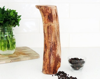 Wood Pepper Mill - Peppermill, salt grinder - Kitchen gift - Salt and pepper mill - mother's day gift- gift for him - PM018