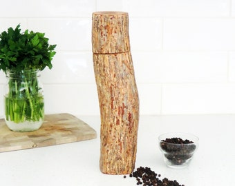 Wood Pepper Mill - Peppermill, salt grinder - Kitchen gift - Salt and pepper mill - mother's day gift- gift for him - PM019