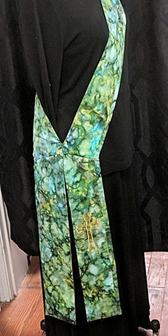 GREEN BATIK DEACON'S Stole #122 by Rosemary St. Clair