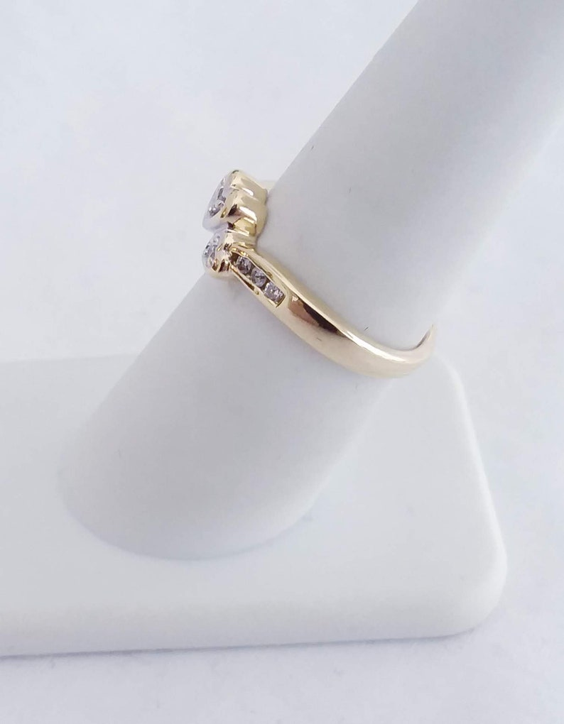 Vintage Diamond Ring 10K Yellow Gold 2.4 Grams  With Free Domestic Shipping!