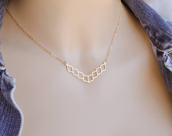 Geometric Necklace, Dainty Gold Necklace, Geometric Gold Necklace, Tiny Geometric Necklace, Gold Necklace, Gift, Tiny Geometric