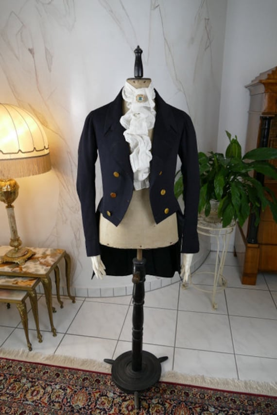 1839 Romantic Period Facecloth Tailcoat, antique T