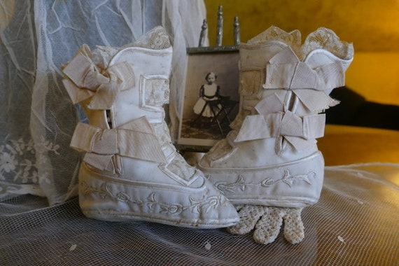 1880s Baby Shoes, France, antique baby shoes, chil