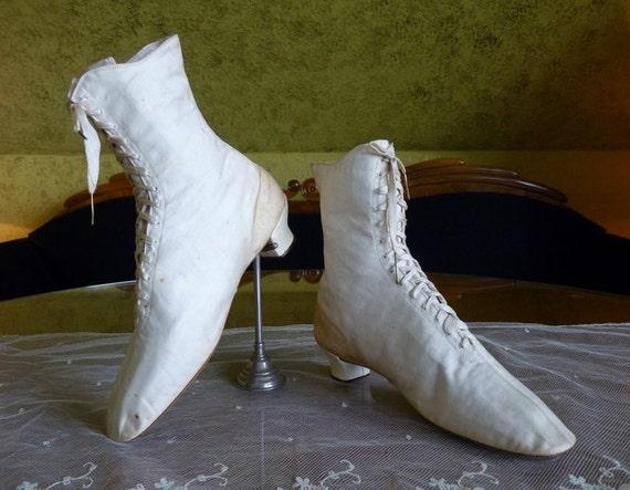 1875 Wedding Cotton Sateen Lace Boots, antique sho
