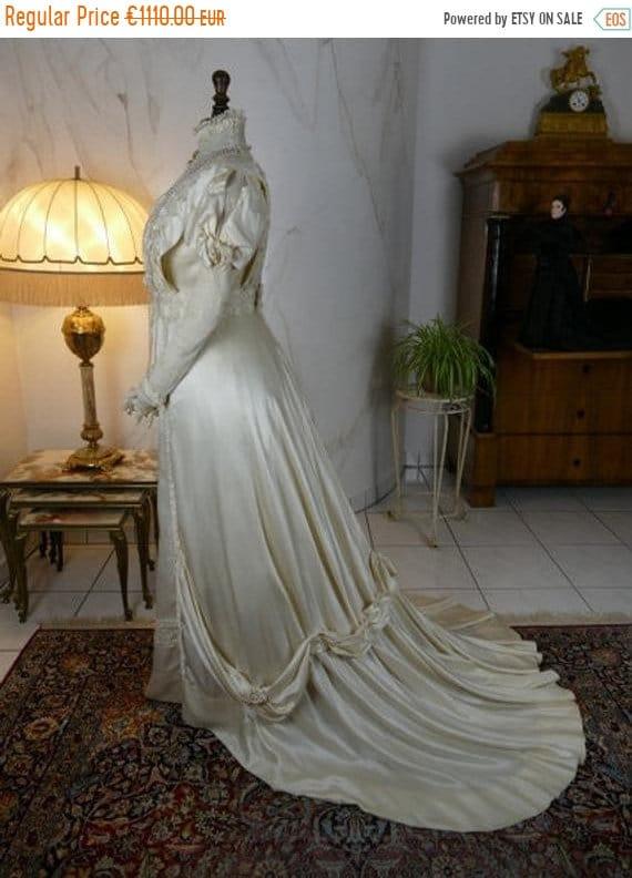 ON SALE 1908 Wedding Dress, antique dress, antique