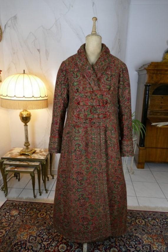 1865 man's dressing gown, antique coat, Victorian