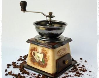 Coffee grinder  Vintage coffee mill Wood ceramic coffee grinder Vintage Manual grinder Kitchen decor Vintage look Old coffee grinder Coffee