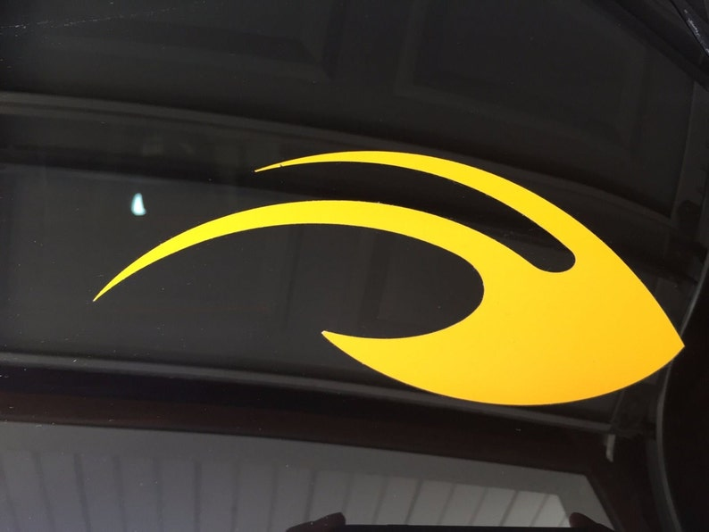"Michigan Wolverines 6/"" Wide Logo Premium Vinyl Decal Bumper Sticker Full Color"