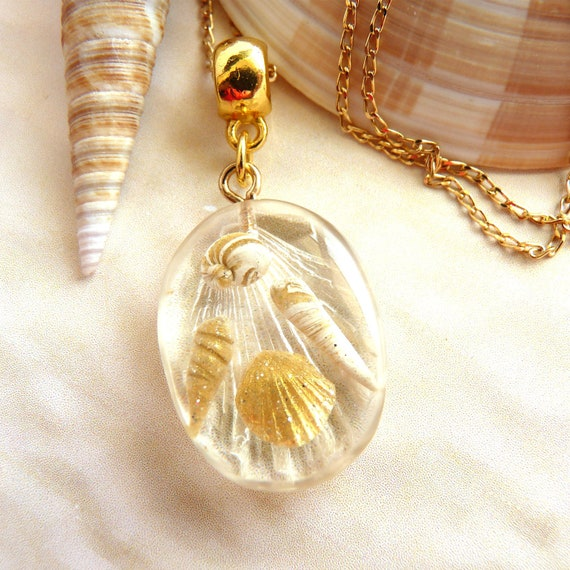 Delicate Beach Style Oval Pendant with Shimmering Sea Shells on Gold Chain, Surfer Girl Must Have