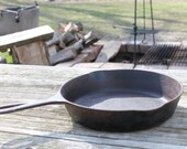 Griswold 6 Cast Iron Pan