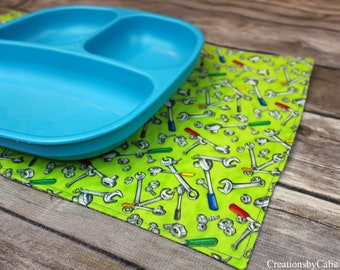 Small Placemats for Small Boys, Snack Mats, Table Linens, Dining Room Decor, Gift Idea, Plate Holders, Free Shipping, Reversible, Tools