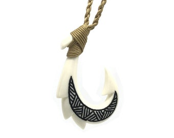 Hawaiian Jewelry Black Tattoo Buffalo Bone SPIKE Fish Hook Hawaii Necklace From Maui Hawaii