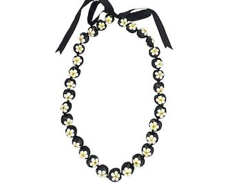 "Hawaiian Jewelry 32"" White Hibiscus Flower Hand Painted Kukui Nut Necklace From Maui Hawaii"