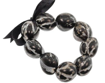 Hawaiian Jewelry Handmade Hawaiian Black Marble Kukui Nut Elastic Bracelet from Maui, Hawaii