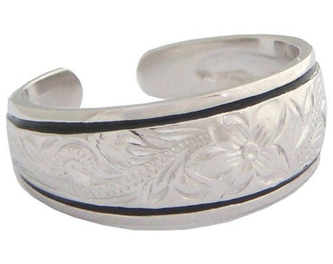 Hawaiian Heirloom Jewelry Sterling Silver Flower Toe Ring with Black Border from Maui, Hawaii
