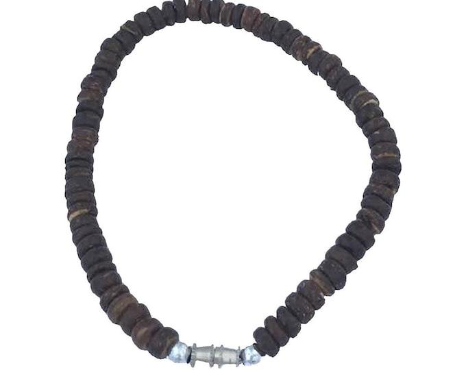 Hawaiian Jewelry Handmade Coconut Bead Bracelet with Twist Barrel Closure from Maui, Hawaii