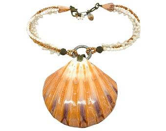 RARE Hawaiian Jewelry Massive Lion's Paw Shell Necklace from Maui, Hawaii