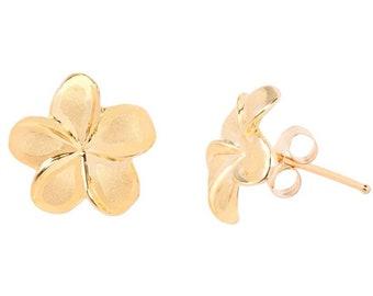 Hawaiian Heirloom Jewelry 14 K Gold Hawaiian Jewelry Plumeria Flower Stud Earrings from Maui, Hawaii