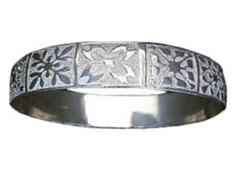 Hawaiian Heirloom Jewelry Sterling Silver Hawaii Flower Quilt Bangle Bracelet from Maui, Hawaii